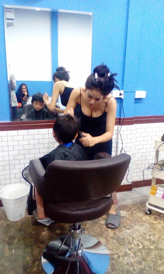 beautiful-barber-01